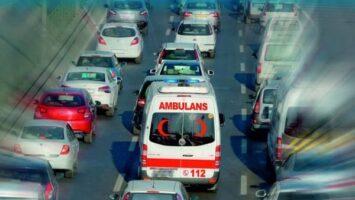Ambulanslara nasıl yol verilir?