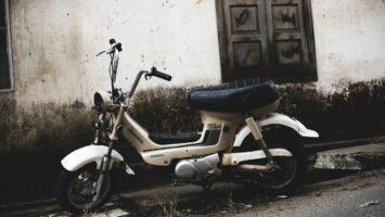 50 cc motosiklet ile köprüden geçebilir miyim?