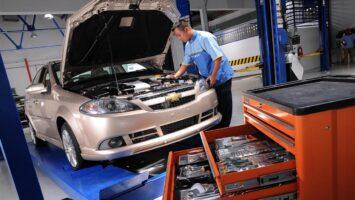 Araç bakımını yetkili serviste yaptırmak mantıklı mı?